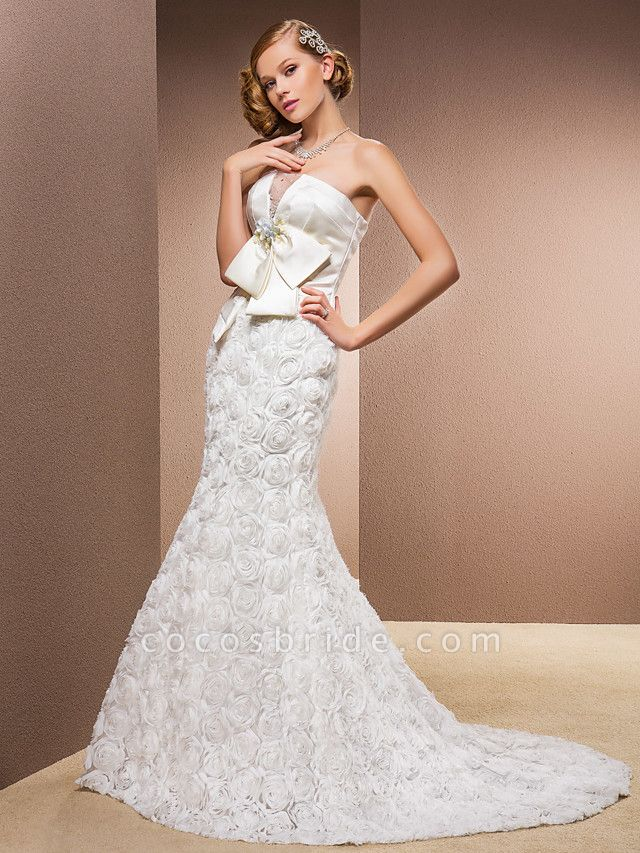 Mermaid \ Trumpet Wedding Dresses Strapless Court Train Lace Over Satin Strapless Sexy Plus Size