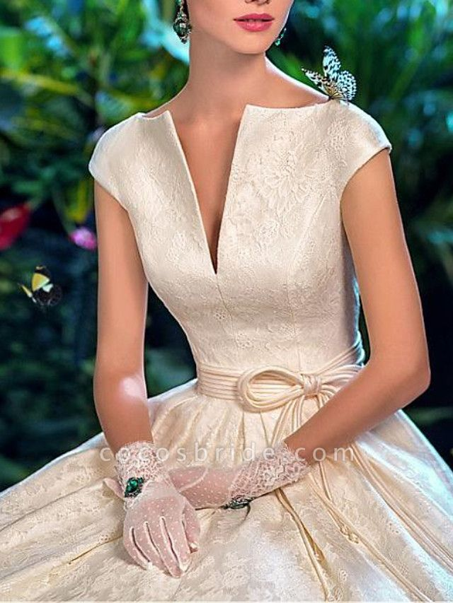 A-Line V Wire Sweep \ Brush Train Lace Satin Short Sleeve Formal Vintage Sexy Wedding Dresses
