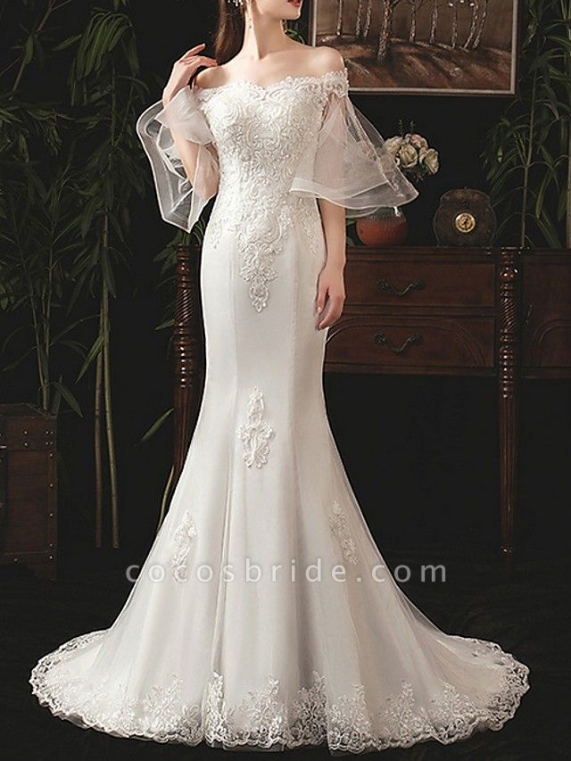 Mermaid \ Trumpet Wedding Dresses Off Shoulder Sweep \ Brush Train Lace Half Sleeve Beach