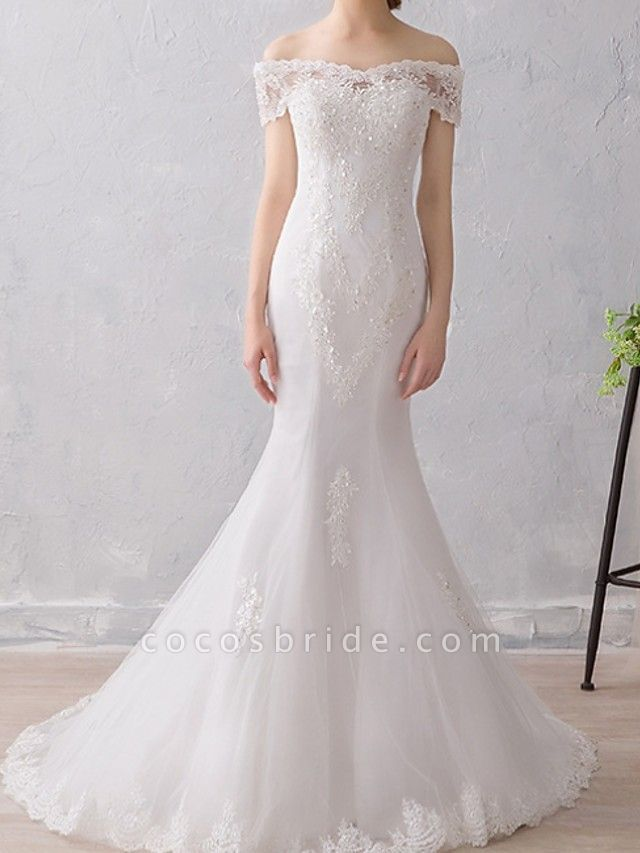 Mermaid \ Trumpet Wedding Dresses Off Shoulder Sweep \ Brush Train Lace Short Sleeve Beach