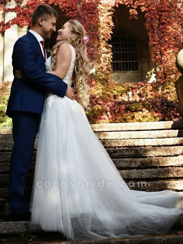 Elegant Champagne Appliques A-line Lace Wedding Dress