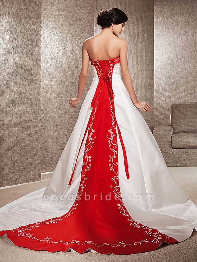 Ball Gown Wedding Dresses Strapless Sweep \ Brush Train Satin Strapless Glamorous Plus Size Red