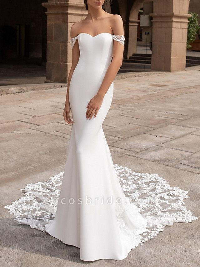 Mermaid \ Trumpet Wedding Dresses Off Shoulder Court Train Lace Satin Short Sleeve Romantic Plus Size