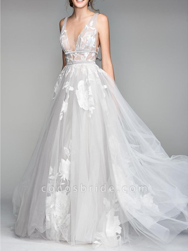 A-Line Wedding Dresses V Neck Floor Length Tulle Sleeveless Casual Plus Size