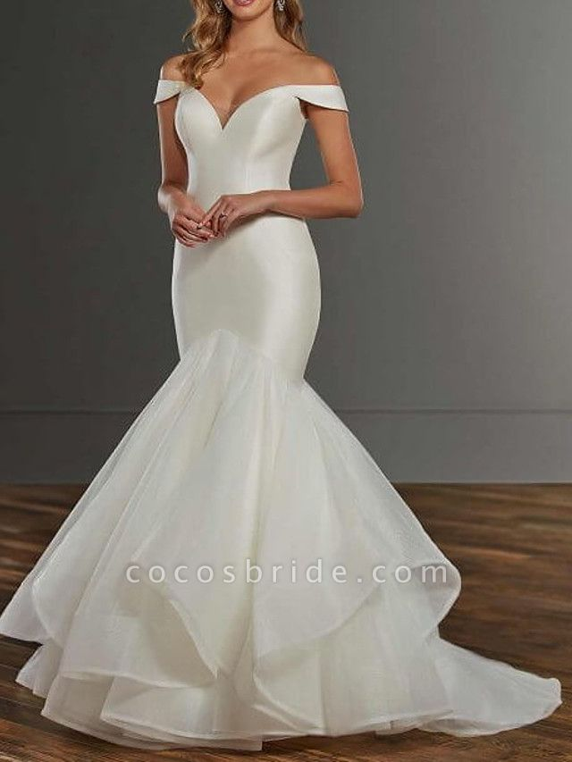 Mermaid \ Trumpet Wedding Dresses Off Shoulder Sweep \ Brush Train Satin Tulle Short Sleeve Country Plus Size