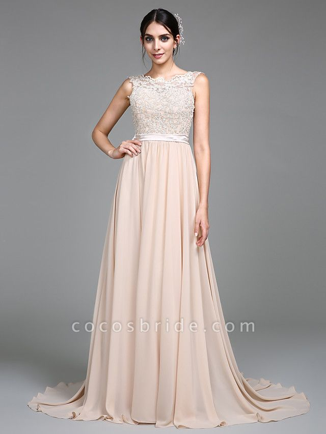 A-Line Empire White Wedding Guest Formal Evening Dress Jewel Neck Sleeveless Court Train Chiffon Lace Bodice