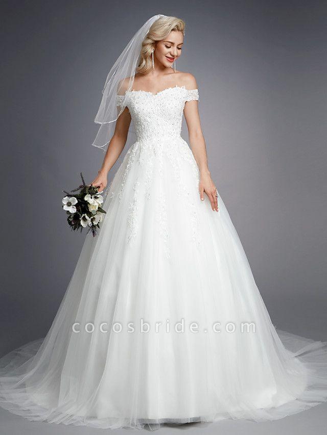 Ball Gown Wedding Dresses Off Shoulder Court Train Lace Tulle Short Sleeve Romantic Sparkle & Shine