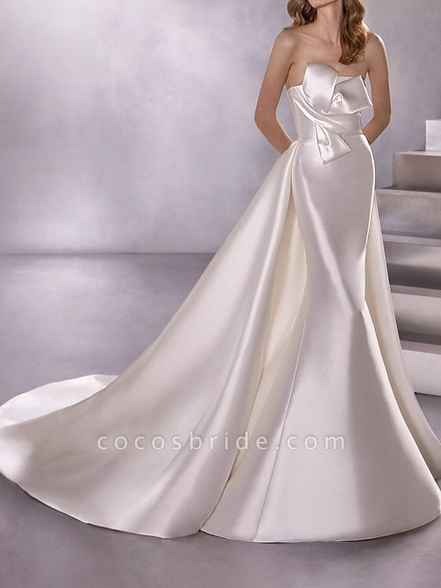 A-Line Wedding Dresses Strapless Court Train Satin Sleeveless Country Plus Size