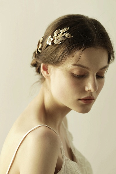 Beautiful Alloy&Rhinestone Party Combs-Barrettes Headpiece with Imitation Pearls_5