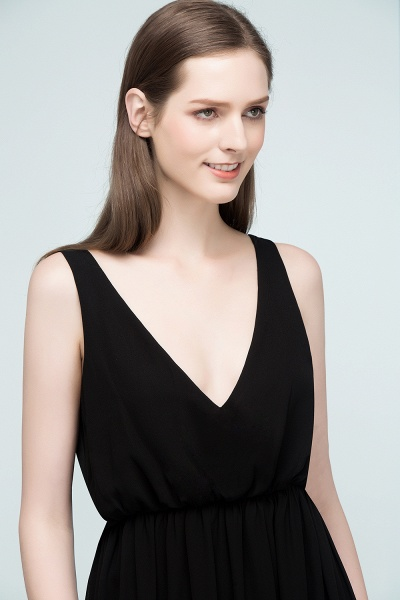 Fascinating V-neck Chiffon A-line Evening Dress_8