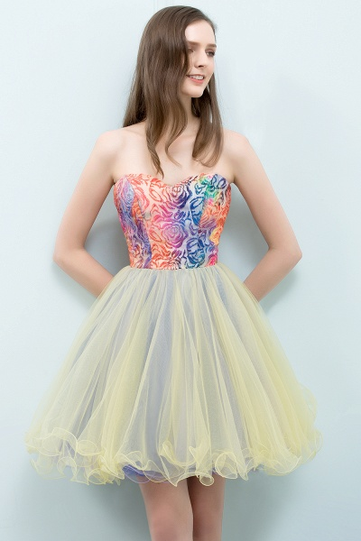 Elegant Strapless Tulle A-line Homecoming Dress_5