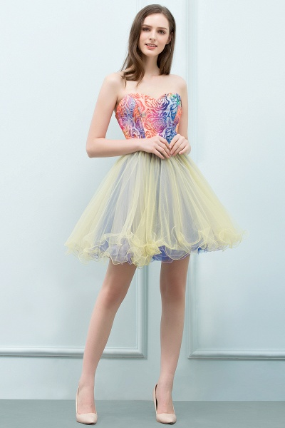 Elegant Strapless Tulle A-line Homecoming Dress_1