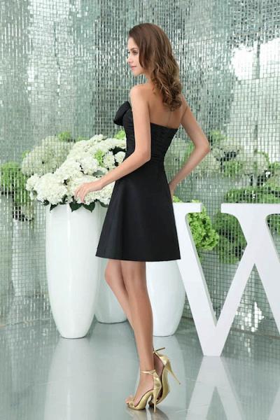 Sleek Sweetheart Satin A-line Bridesmaid Dress_3
