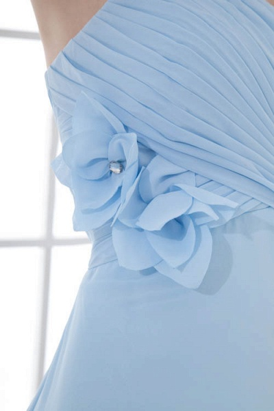 Sleek Strapless Chiffon A-line Bridesmaid Dress_5