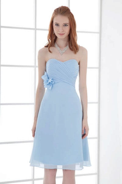 Sleek Strapless Chiffon A-line Bridesmaid Dress_9