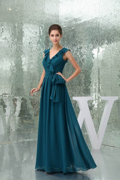 Affordable V-neck Chiffon A-line Bridesmaid Dress_7