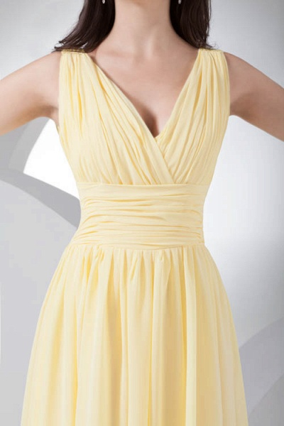 Excellent V-neck Chiffon A-line Bridesmaid Dress_7