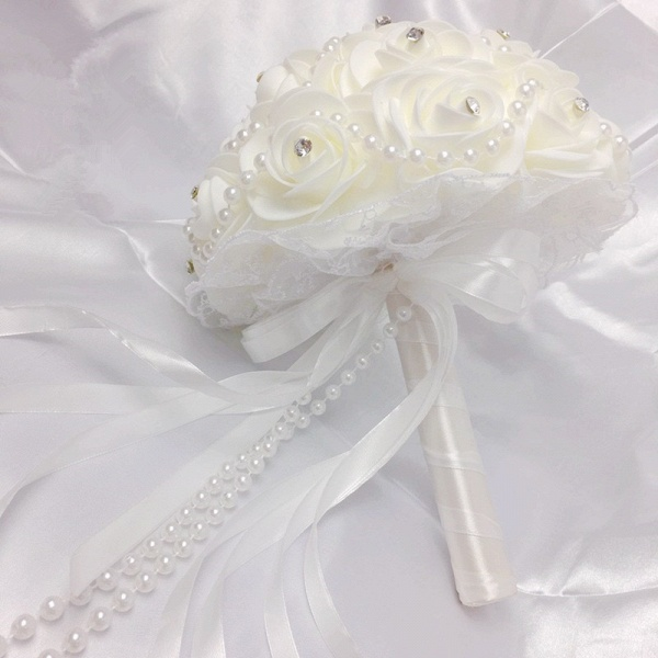Ivory Rose Bouqet for Wedding with Beading Strings_5