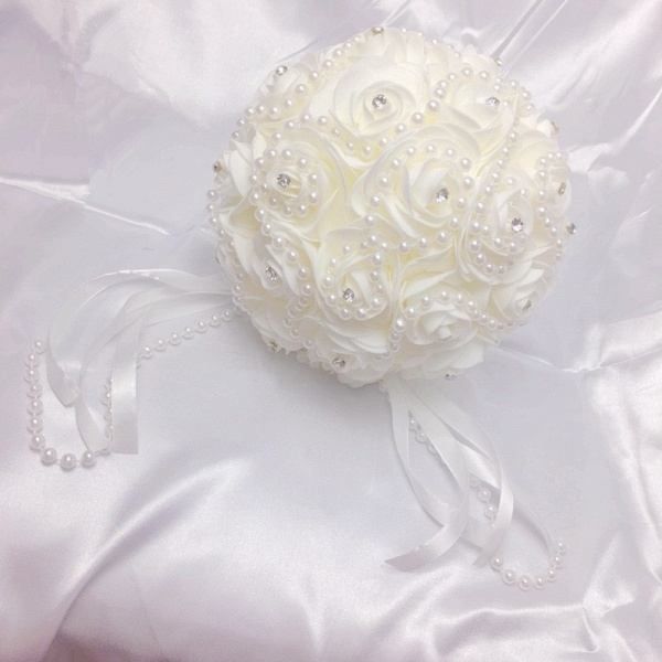 Ivory Rose Bouqet for Wedding with Beading Strings_4
