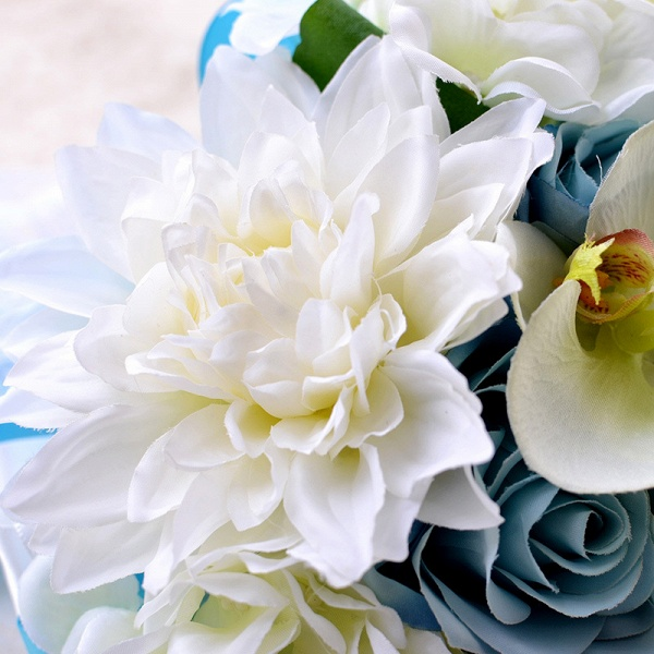 Artificial Camomile and Lily Wedding Bouquet in Blue and White_4