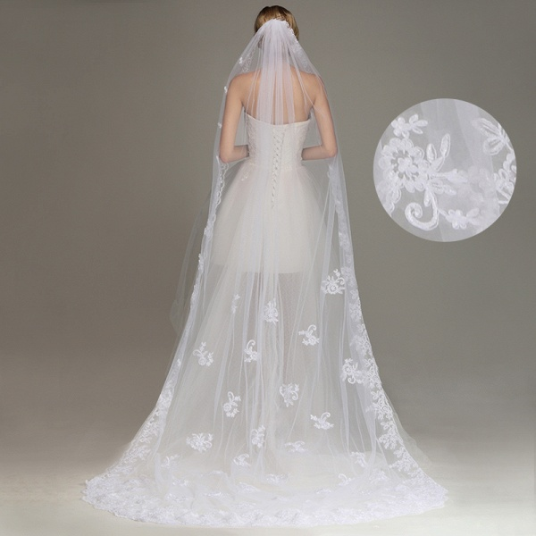 One Layer Lace Edge Wedding Veil with Comb_5
