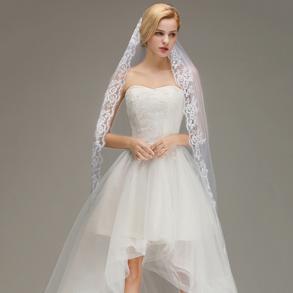 One Layer Lace Edge Wedding Veil with Comb_6