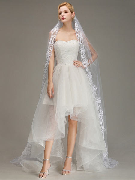 One Layer Lace Edge Wedding Veil with Comb_2