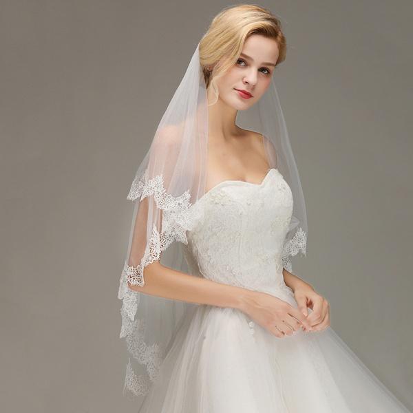 Elegant Two Layers Lace Edge Long Wedding Veil_3
