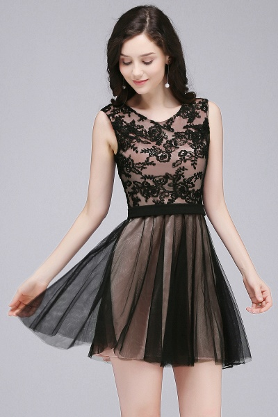 A-Line Tulle Lace Scoop Sleeveless Short Bridesmaid Dresses with Appliques_4
