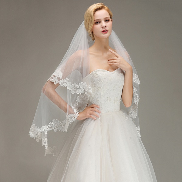 Two Layers Lace Edge Tulle Wedding Veil with Comb_2