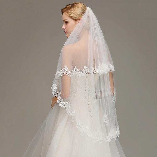 Elegant Two Layers Lace Edge Long Wedding Veil_4