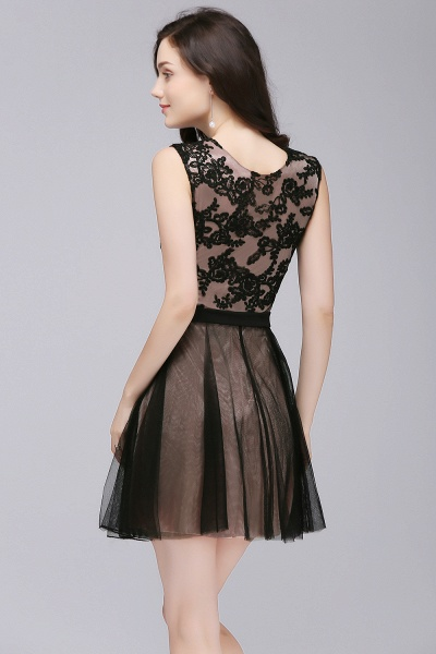 A-Line Tulle Lace Scoop Sleeveless Short Bridesmaid Dresses with Appliques_2