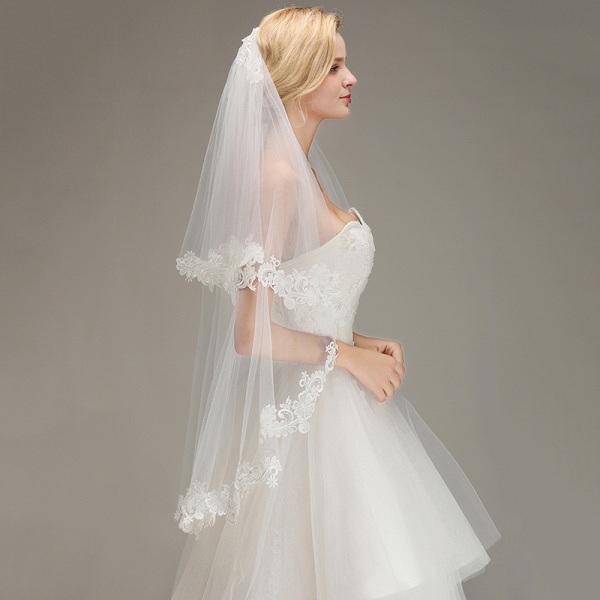 Two Layers Lace Edge Tulle Wedding Veil with Comb_3