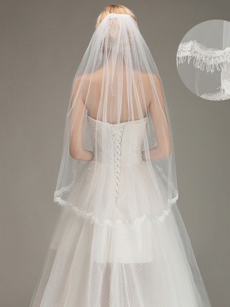 Lace Edge One Layer Wedding Veil with Comb