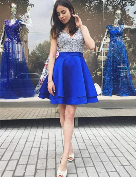 Chic V-neck Sequined A-line Homecoming Dress_1