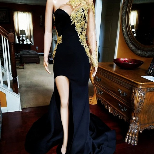 Black Mermaid Front-slit Appliqued Long Sleeve Prom Dresses_1