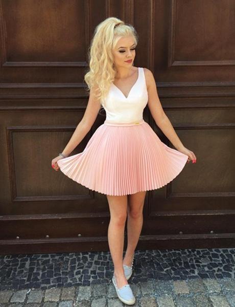 Stylish A-Line V-Neck Sleeveless Straps Short Prom Dress_1