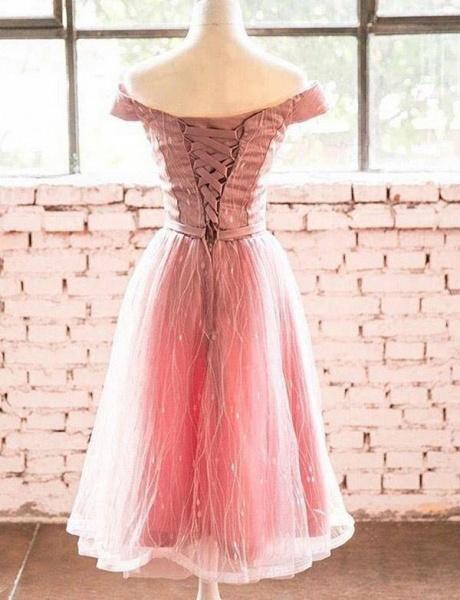 Elegant Short Sleeves A-Line Off-the-Shoulder Tea-Length Homecoming Dress_3