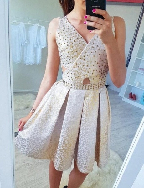 Fashion Sleeveless A-Line Beading V-Neck Short Prom Dress_3