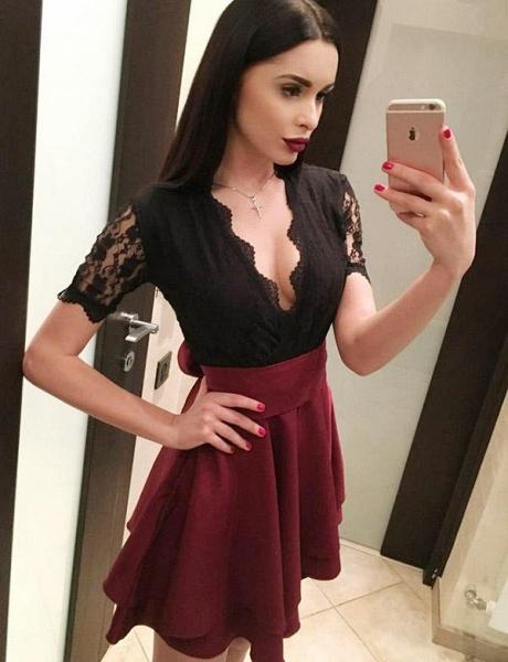 Modest V-neck Lace A-line Homecoming Dress_3