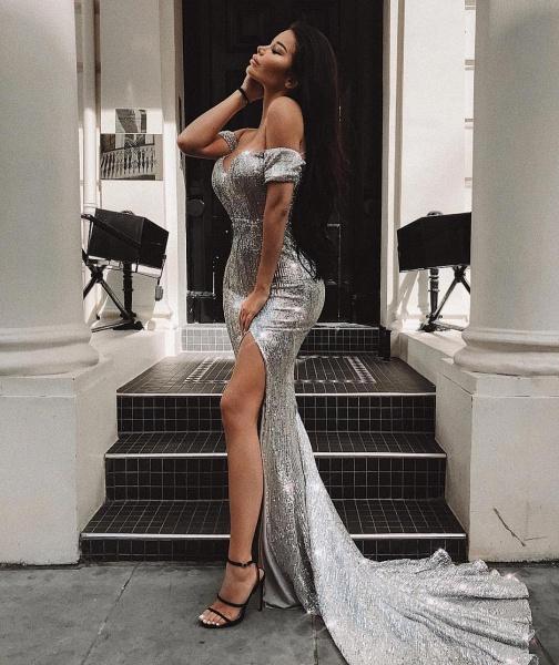 Fascinating Off-the-shoulder Sequined Column Prom Dress_1