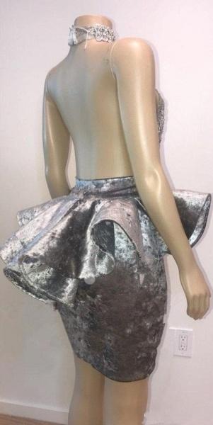 Halter Keyhole Neckline Appliqued Short Prom Dresses_5