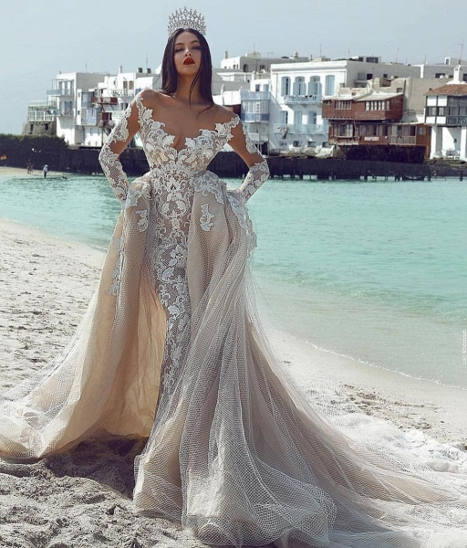 Wonderful V-neck Appliques Ball Gown Prom Dress_3