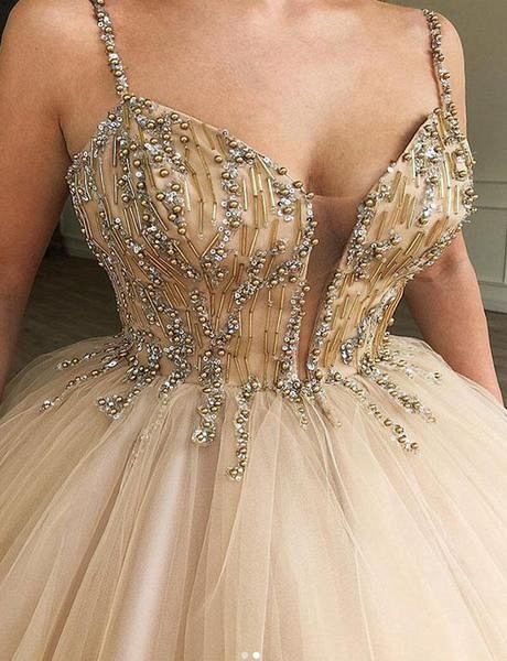 Glamorous Ball Gown Spaghetti Straps Beaded Prom Dresses_2