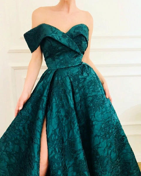 Sleek Off-the-shoulder Appliques A-line Prom Dress_3