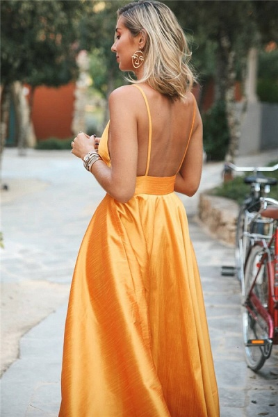 Wonderful Spaghetti Straps Ruffles A-line Prom Dress_2