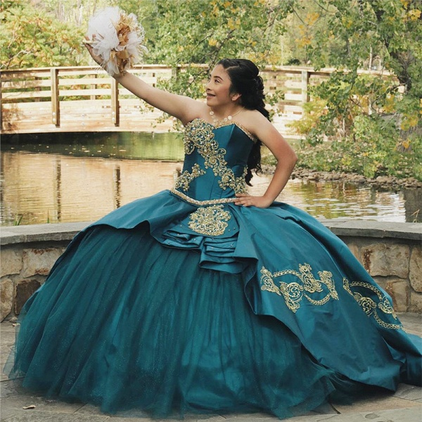 Attractive Sweetheart Satin Ball Gown Quinceanera Dress_1