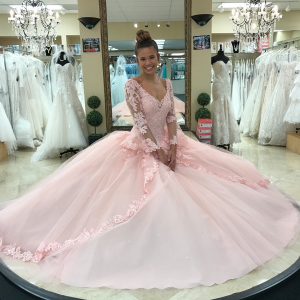Fascinating V-neck Tulle Ball Gown Quinceanera Dress_3