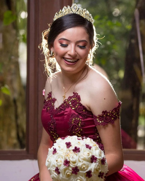 Fascinating Off-the-shoulder Tulle Ball Gown Quinceanera Dress_5