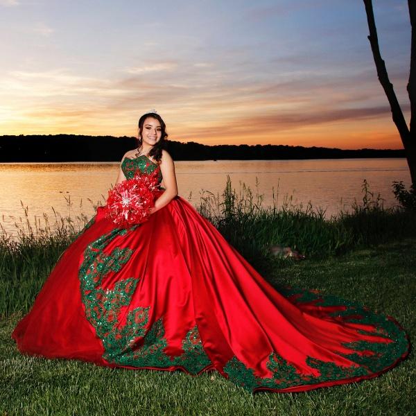 Modest Sweetheart Satin Ball Gown Quinceanera Dress_1